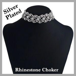 GORGEOUS Rhinestone Choker